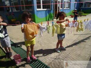 dia-lavar-estender-roupa-pre-escolar (10)